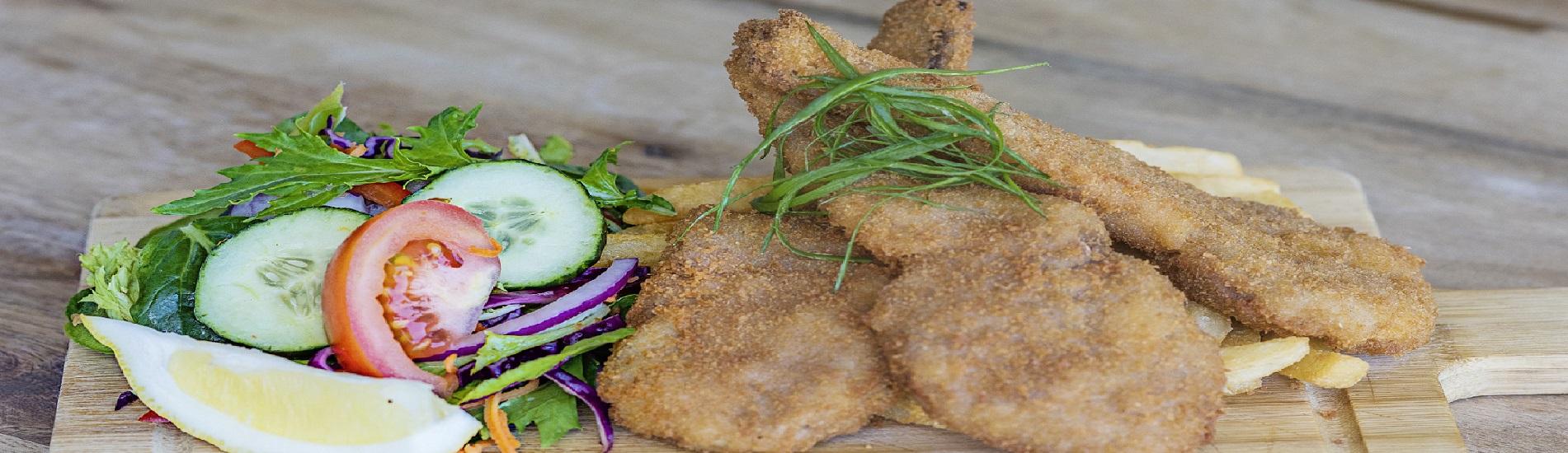 Permalink to: Tomakin Club Restaurants near Batemans Bay
